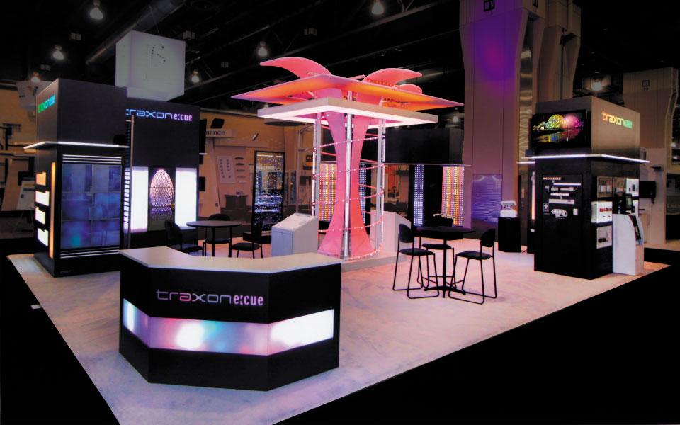 30x40 island trade show booth | Traxon Technologies