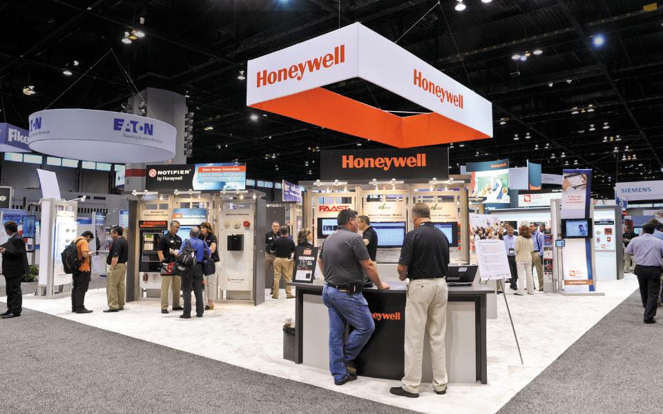 40x70 island exhibit | Honeywell