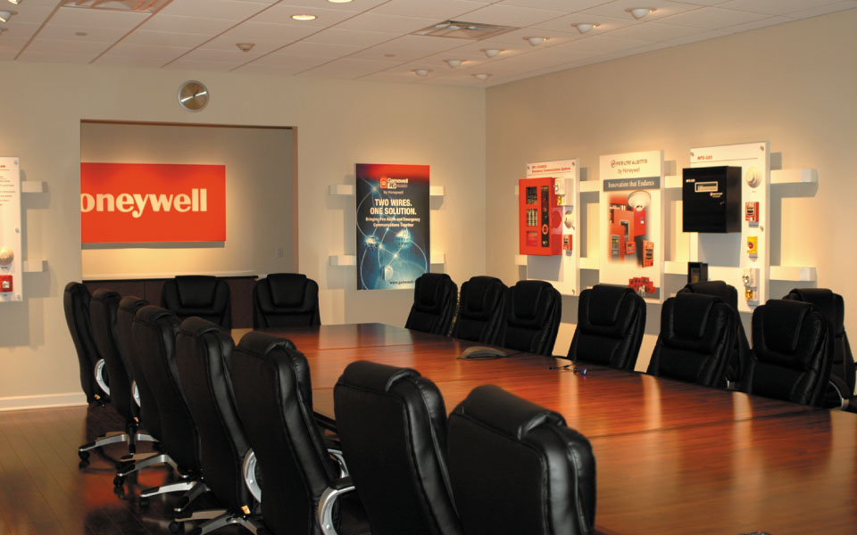 Honeywell Brand Experience Center | Conference Table