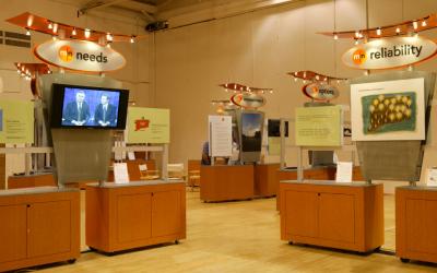 Informational Kiosk Displays | Eversource Road Show | DisplayCraft
