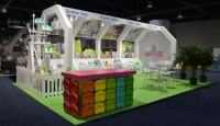 Bumbo 20x30 Island Exhibit with Specialty Display