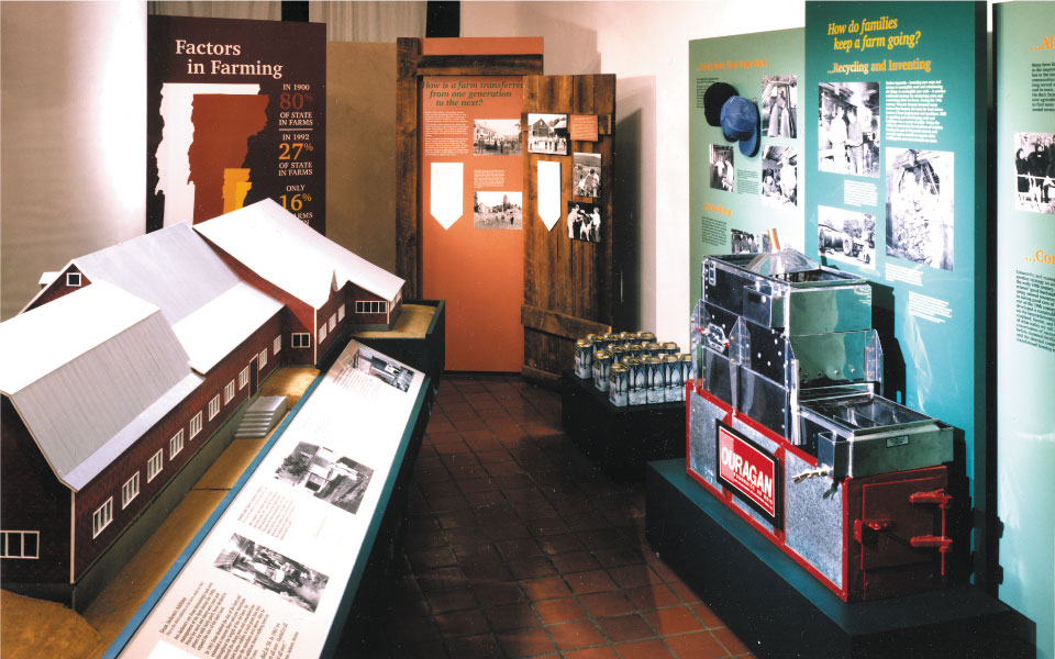 Traveling Exhibit with Graphic Panels | Vermont Folklife Center | DisplayCraft