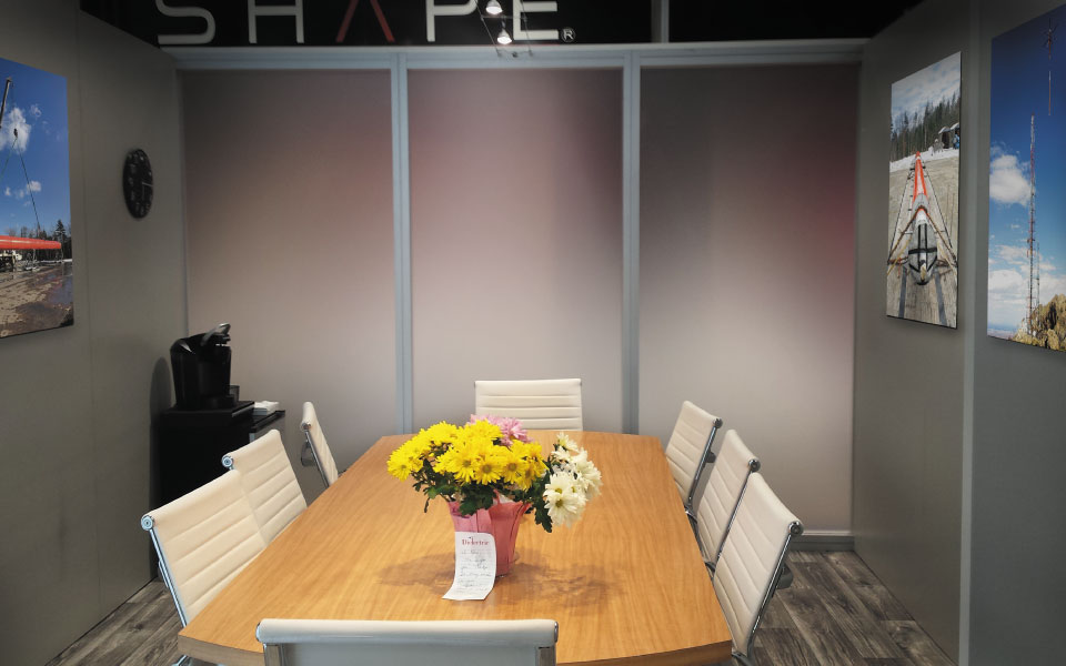 Custom Trade Show Exhibit Formal Meeting Area | Dielectric
